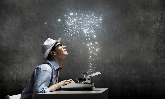 استخدام نویسنده و مترجم در روزیاتو
