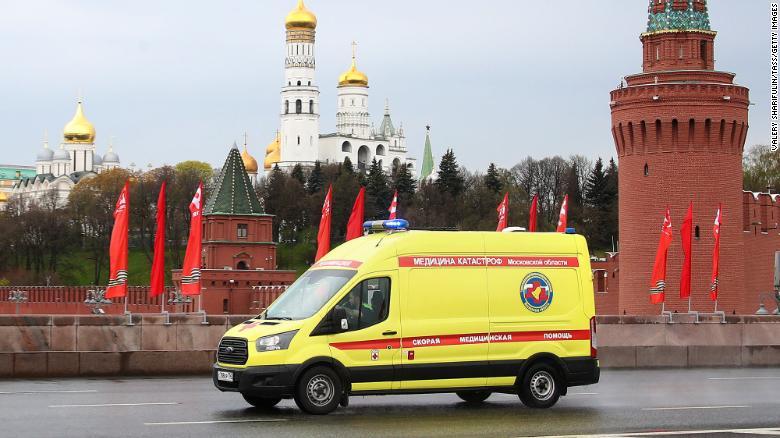 سقوط نیروهای کادر درمان روسیه از پنجره