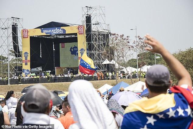 در آخرین ماجرایی که در روزهایی اخیر در مورد کشور ونزوئلا خبرساز شده، گفته می شود که عملیاتی محرمانه برای ساقط کردن دولت نیکلاس مادورو در شرف انجام بوده که خیلی زود با شکست مواجه شده است.