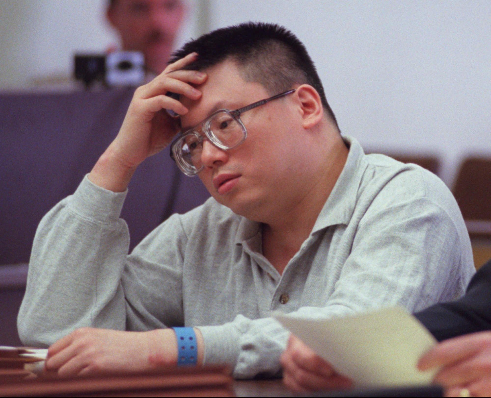 چارلز اِنگ؛ قاتل سریالی ملقب به «سگ دیوانه» که اعتیادش به سرقت کار دستش داد