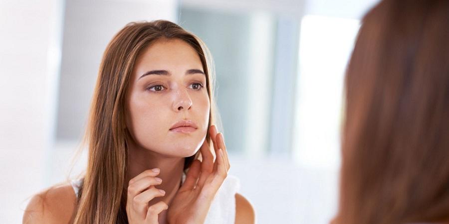 چگونه صورت خود را چاق کنیم؟ روش هایی طبیعی برای پر کردن صورت