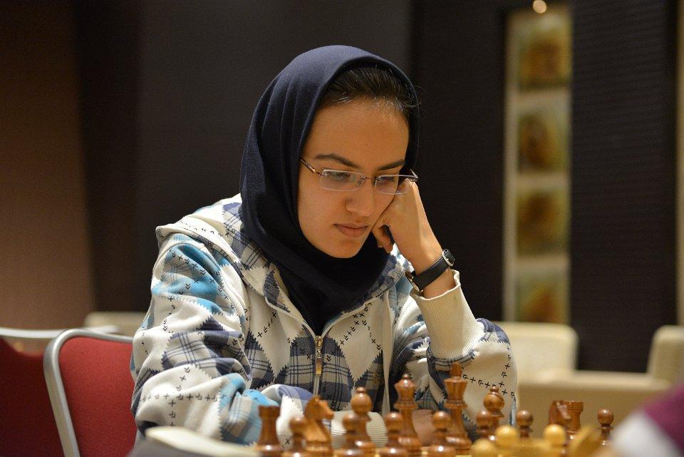 غزل حکیمی فرد هم رفت؛ ملی پوش شطرنج تابعیت سوییس را پذیرفت