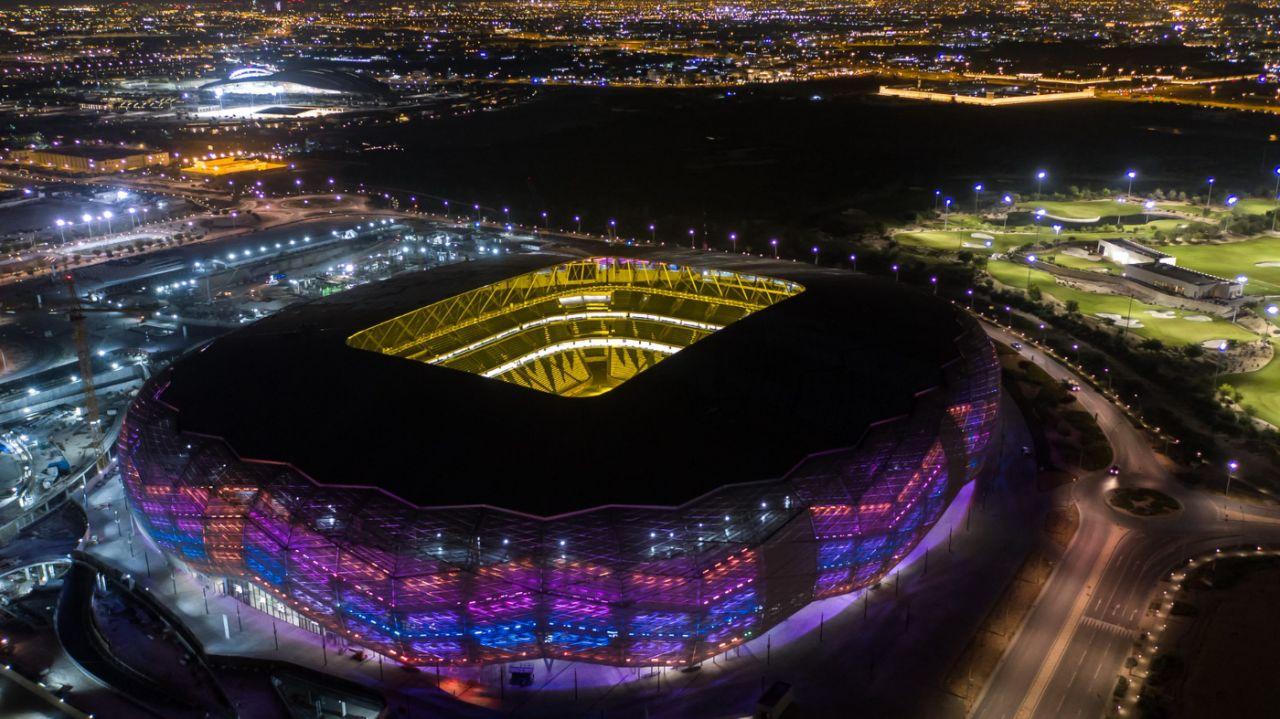 استادیوم الماس صحرا (Diamond in the Desert)