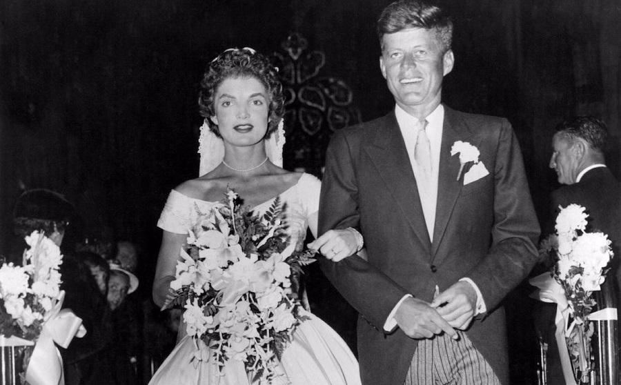 نگاهی به تحول در طراحی و مدل لباس عروس طی ۱۰۰ سال گذشته