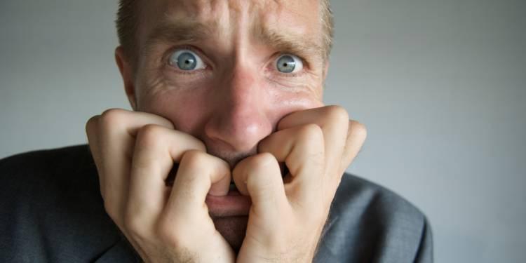 بررسی تاثیر اضطراب بر بدن ؛ انواع اضطراب و استرس با بدن شما چه می کند ؟