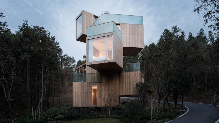 ۸ خانه با معماری عجیب که در مکان هایی باورنکردنی و غیرممکن ساخته شده اند
