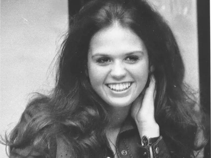 ماری آزمند - 1974