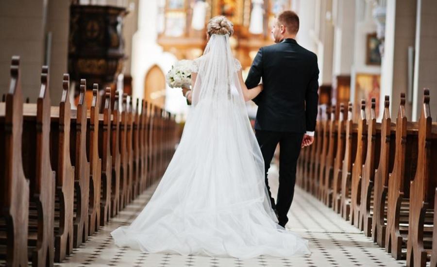 اولویت بندی مهمان ها، ایده عجیب یک عروس و داماد برای برگزاری مراسم عروسی در روزهای کرونایی