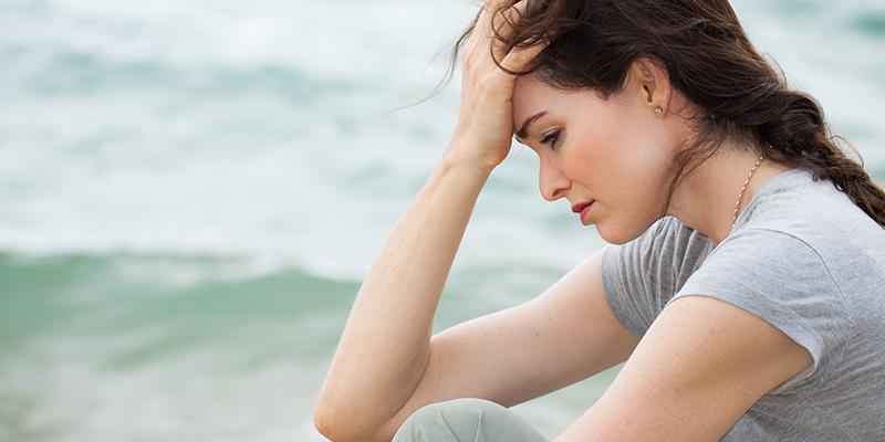 خودشیفته فردی است که اغلب اوقات احساس همدردی نداشته، خود را ذیحق دانسته و بسیار متکبر است و خود، علایق و خواسته هایش را بر هر کس و هر چیزی ارجح می داند.