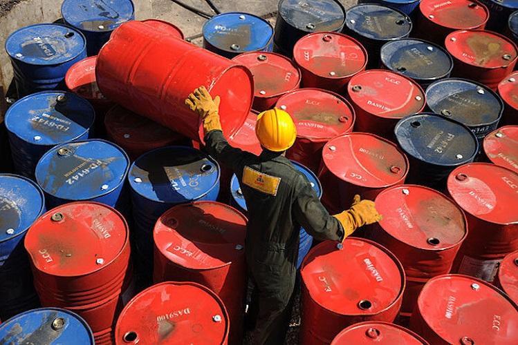جزییات فروش اوراق نفت خام ایران به مردم از یکشنبه ۲۶ مرداد [لغو شد]