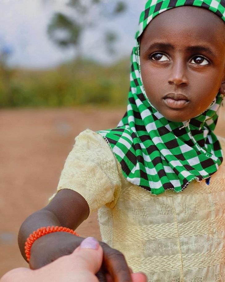 16 86afff5f0f96f8517f477ec810 روزیاتو: قومی آفریقایی که خود را زیباترین مردمان دنیا می دانند اخبار IT