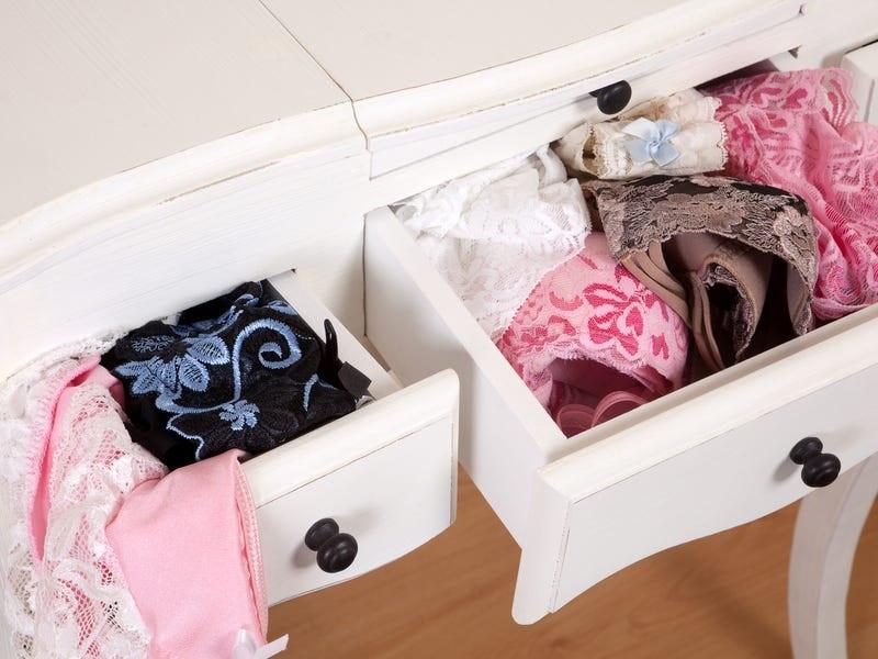 بهداشت لباس زیر خانم ها