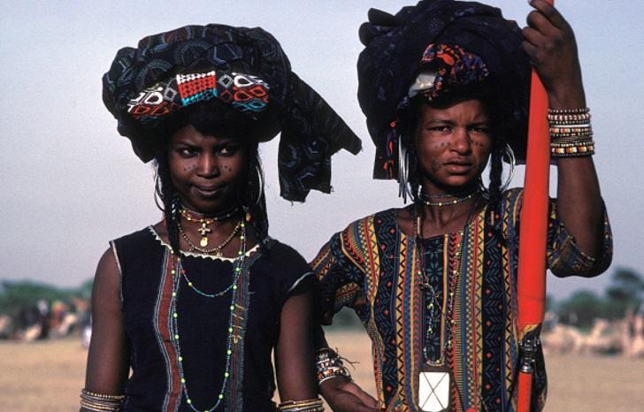 9a 86afff5f0f96f8517f477ec810 روزیاتو: قومی آفریقایی که خود را زیباترین مردمان دنیا می دانند اخبار IT