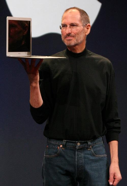 Steve Jobs 1 روزیاتو: با چپ دست های معروف دنیا آشنا شوید اخبار IT