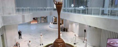 بزرگترین آبشار شکلاتی جهان