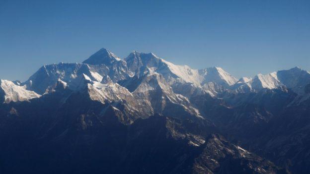 رکورددار صعود به اورست بدون همراه داشتن کپسول اکسیژن درگذشت