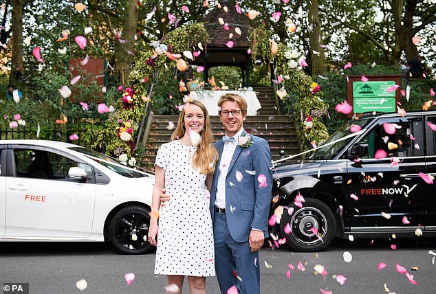 سرویس عروسی خودرویی در انگلیس