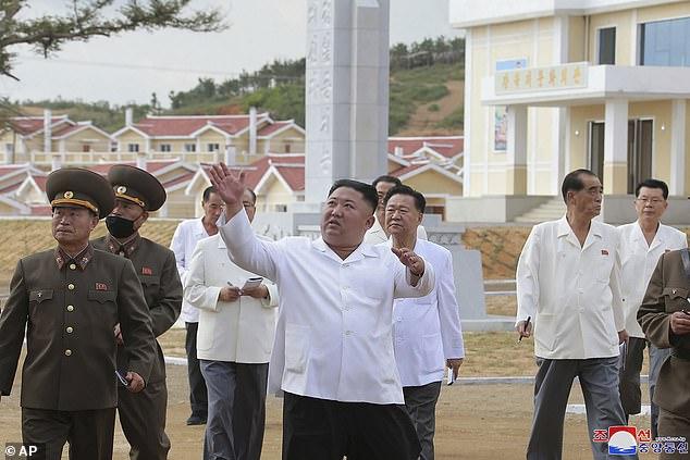 تمجید کیم جونگ اون از ارتش کره شمالی