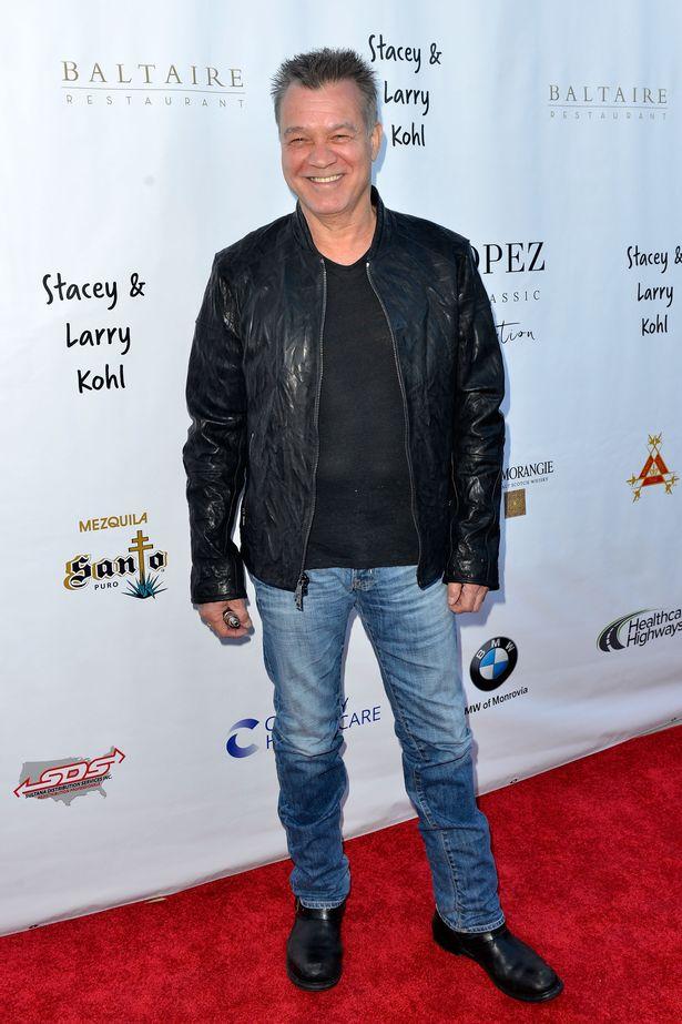 ادی ون هیلن گیتاریست افسانه ای و موسس گروه موسیقی ون هیلن (Van Halen) در سن 65 سالگی پس از ده سال مبارزه با سرطان گلو دیروز درگذشت.