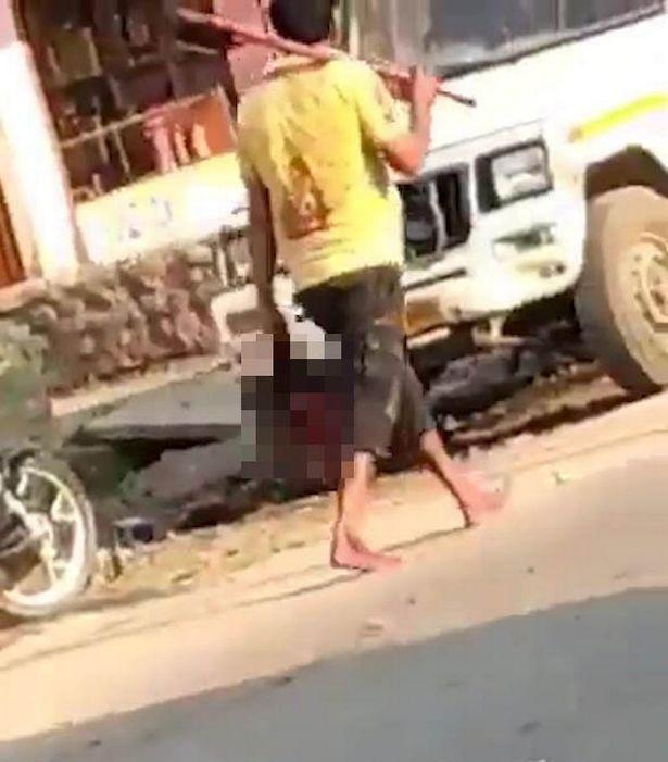 مردی در هند سر همسرش را از تن جدا کرده و سپس با همان سر وارد اداره پلیس شد.