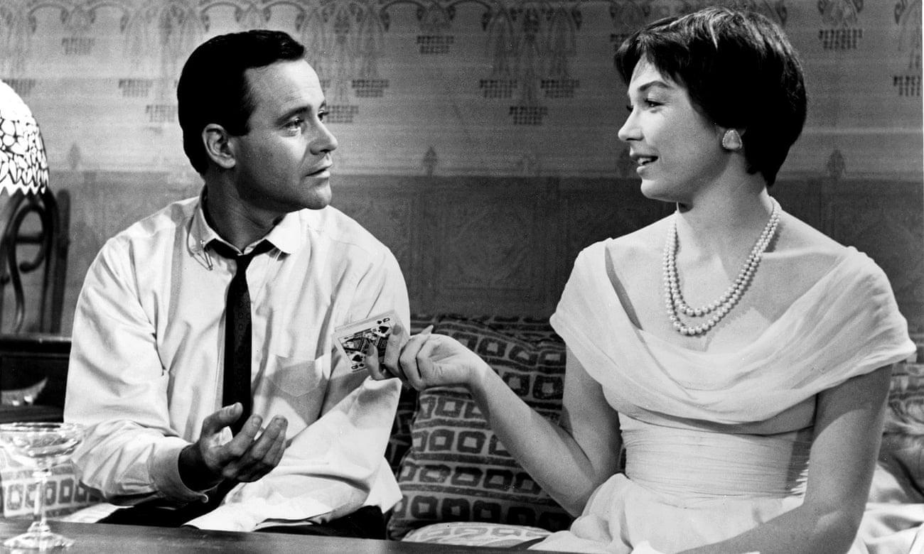 در ادامه این مطلب قصد داریم شما را با 10 فیلم عاشقانه برتر تاریخ سینما آشنا کنیم که باید قبل از مرگ تماشا کنید.