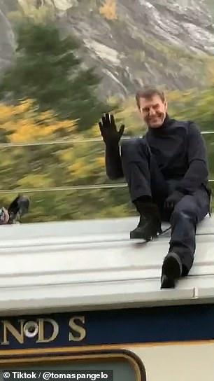 بدلکاری تام کروز روی سقف قطار در حال حرکت در «ماموریت غیرممکن 7»