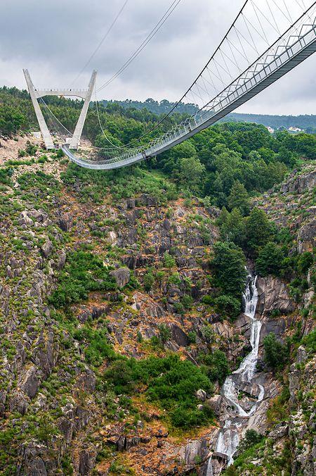 طولانی ترین پل پیاده روی معلق پرتغال