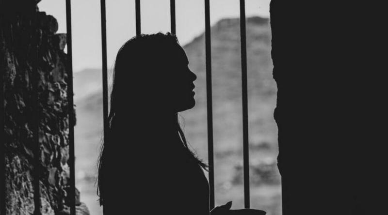 یک زن تگزاسی به اتهام سرقت کالاهایی به ارزش میلیون ها دلار از سال 2000 تا 2019 و فروختن آن ها در سایت eBay به 54 ماه حبس در زندان فدرال محکوم شد.