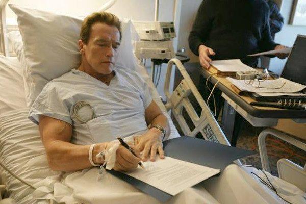 آرنولد شوارتزنگر روز جمعه اعلام کرد که یک جراحی قلب دیگر انجام داده است.