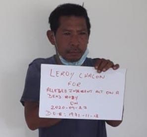 مرد دیوانه گینه ای که با جنازه یک زن قربانی ویروس کرونا همخوابگی کرده بود به سه سال زندان محکوم شد.