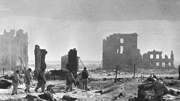 اشتباهات بزرگ آدولف هیتلر در جنگ جهانی دوم