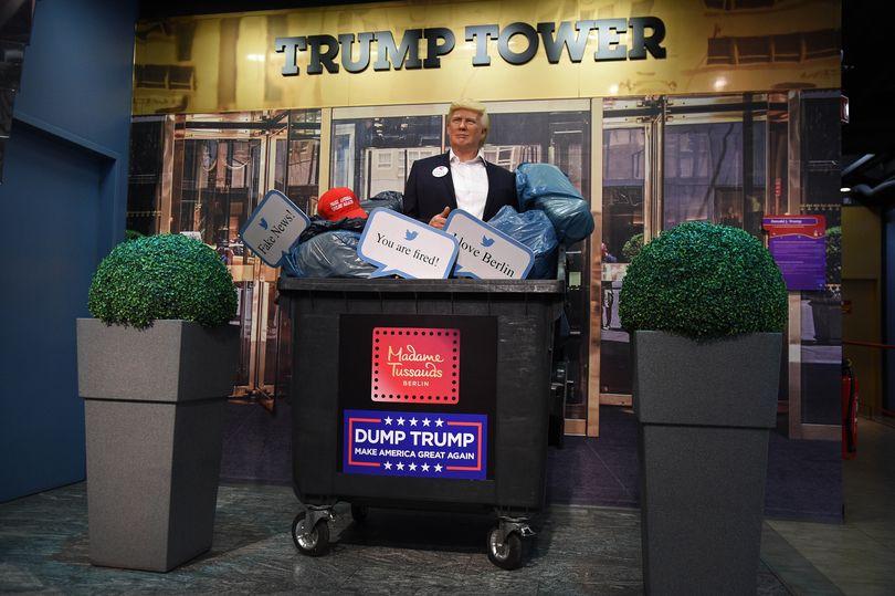 دوران ریاست جمهوری دونالد ترامپ تا حدود 70 روز دیگر به تاریخ خواهد پیوست و در این شرایط مادام توسو در حرکتی بحث برانگیز مجسمه مومی او را در سطل آشغال انداخت.