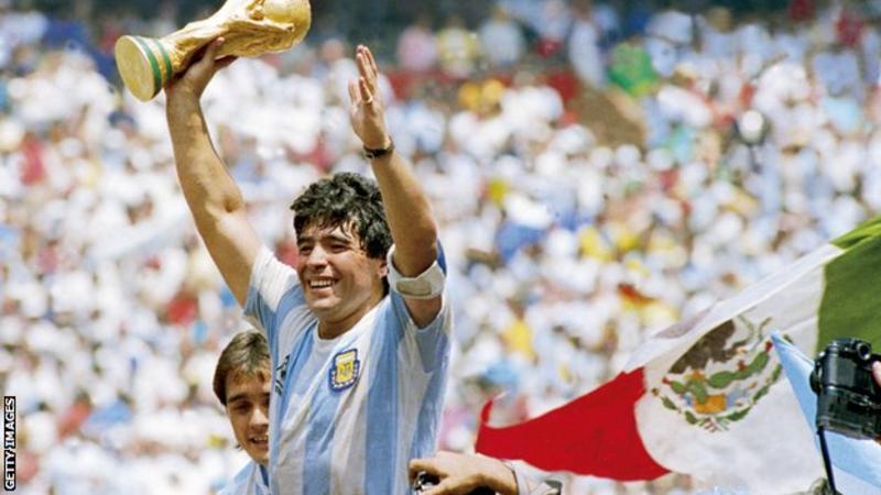 دیگو مارادونا درگذشت ؛ خداحافظی با اسطوره فوتبال آرژانتین