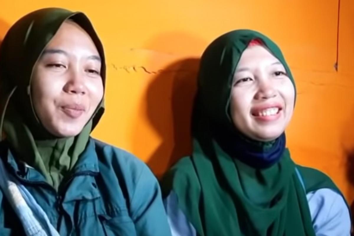 دو دختر دوقلو اهل اندونزی که دو دهه قبل در اثر جنگی خونین و فرقه ای از هم جدا افتاده بودند از طریق نرم افزار تیک تاک بار دیگر همدیگر را پیدا کردند.