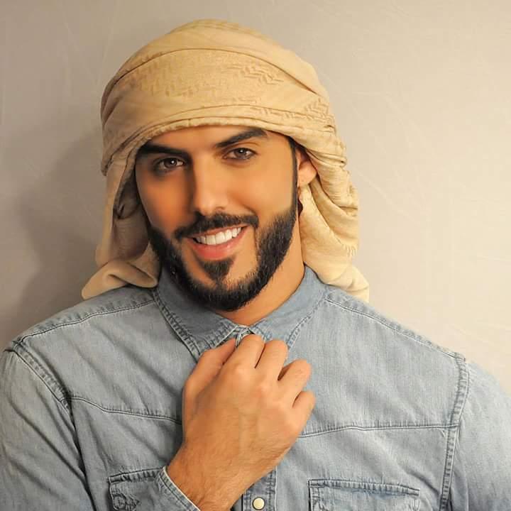 آیا عمر برکان الغلا ، شاعر، بازیگر، مدل و چهره سرشناس رسانه های اجتماعی یکی از آن جمله مردانی است که برای ماندن در عربستان سعودی بیش از حد جذاب و زیبا بود؟