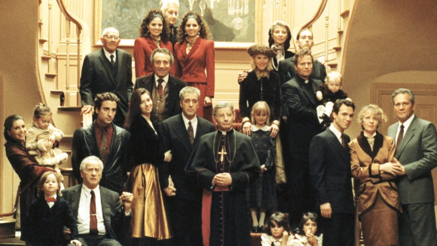 اگر چه The Godfather Part III را ضعیف ترین قسمت فرانچایز مافیایی کوپولا می دانند اما کارگردان فیلم به طور رسمی نسخه ای جدید از این فیلم را منتشر می کند.