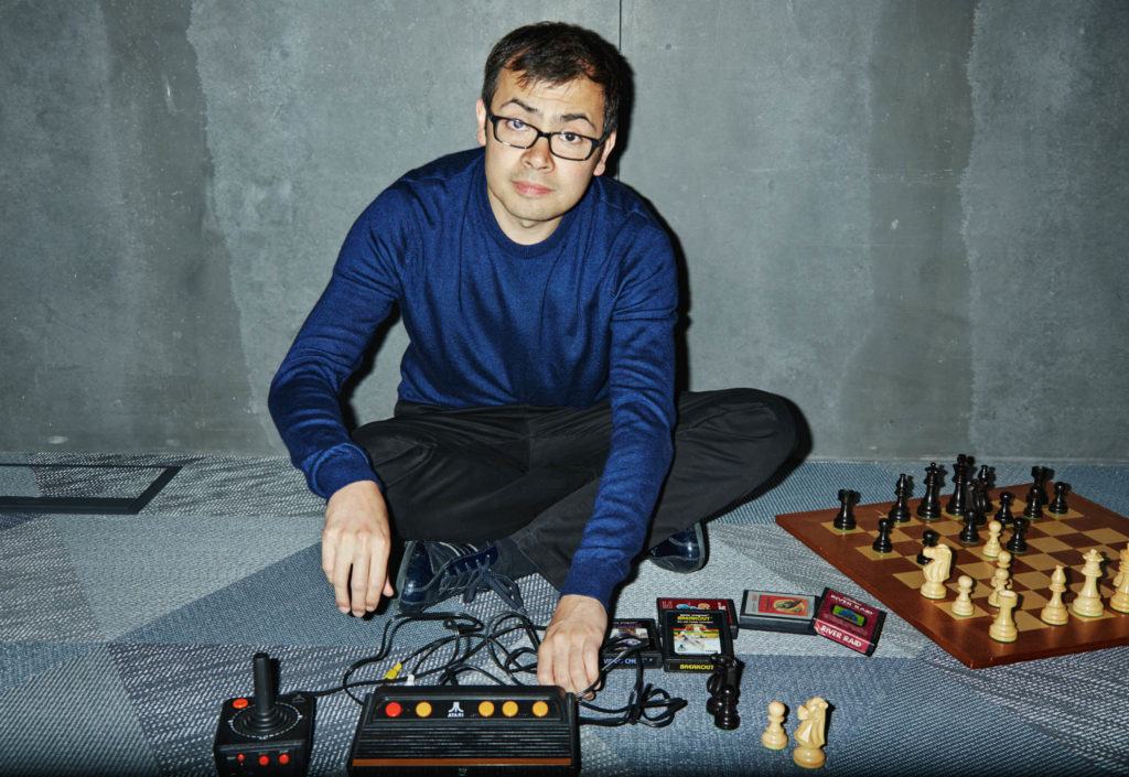 نابغه نوجوان شطرنج با استفاده از هوش مصنوعی راه را برای درمان سرطان و کرونا باز کرد