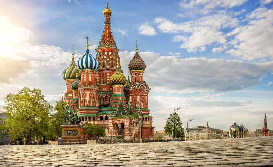 گشتی در تاریخ مرموز کلیسای جامع سنت باسیل مسکو؛ از داستان ساخت تا رنگهای معروف