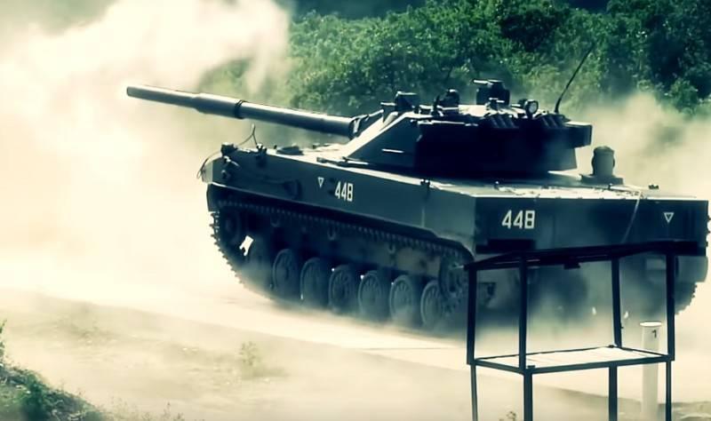 تانک Sprut-SDM1؛ «پرنده» آبی خاکی و سبک روسیه که تا ۷ ساعت در آب «شنا» میکند