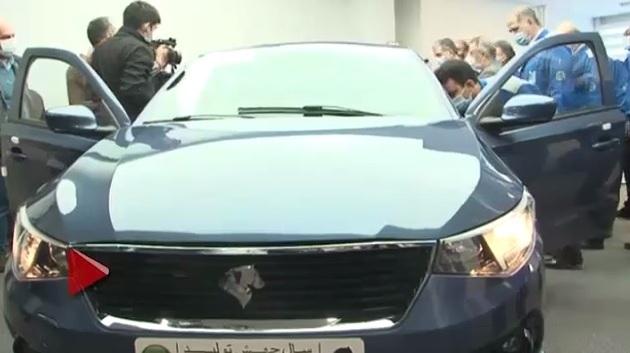 وز گذشته ویدیویی کوتاه از مراسم رونمایی جدیدترین محصول ایران خودرو با نام تارا منتشر شد که در آن خودرو علیرغم تلاش ها در حضور وزیر صمت روشن نشد.