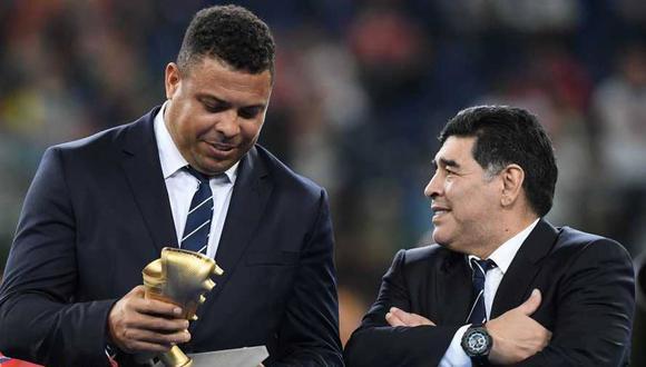 رونالدو برزیلی که اکنون رییس باشگاه رئال وایادولید در اسپانیا است در کنفرانس خبری خود در روز سه شنبه هنگام صحبت در مورد دیگو مارادونا احساساتی شد.