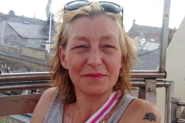 خانواده یک مادر بریتانیایی که در جریان ترور سرگئی اسکریپال در اثر تماس با ماده سمی نوویچوک در جان خود را از دست داده بود از روسیه شکایت کرده اند.