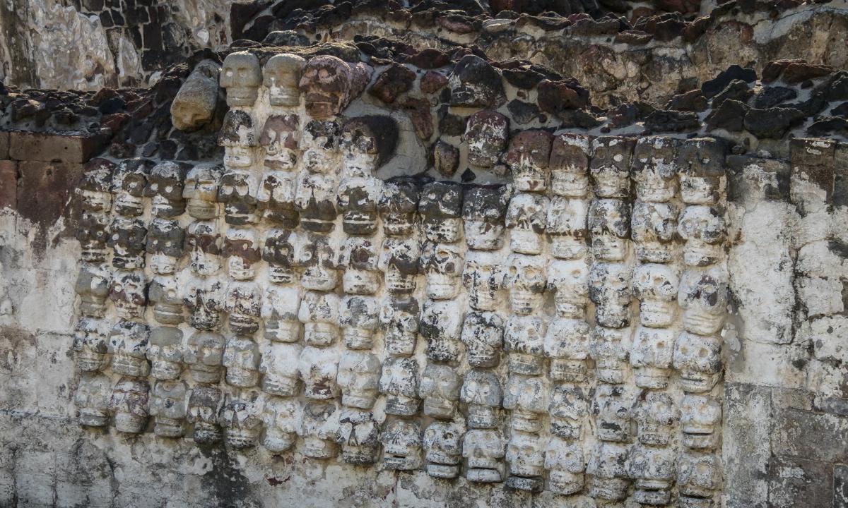 باستان شناسان بیش از 119 جمجمه انسان را در در یک بخش جدید از برج آزتک در مکزیک که قدمت آن به دهه 1400 باز می گردد کشف کرده اند.