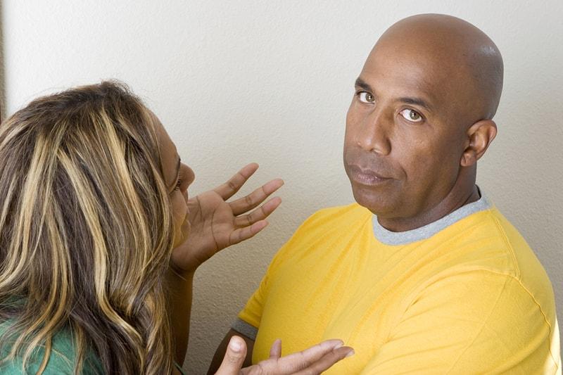 چرا گوش دادن به صحبت های زنان برای مردان دشوار است؟