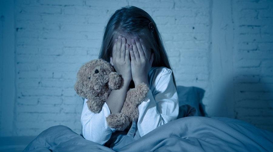 ترس از تاریکی در کودکان و راهکارهایی برای رفع آن