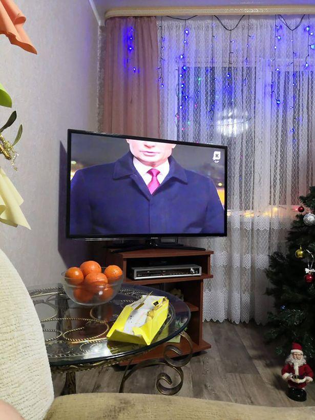 بعداز گاف یک کانال خبری تلویزیونی در روسیه در جریان پیام سال نو میلادی رییس جمهور، تصویر ولادیمیر پوتین «سر بریده» نشان داده شد.