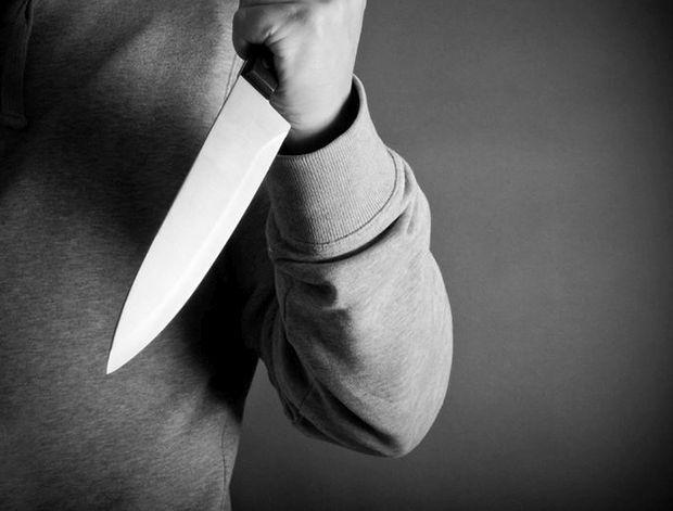 داستان زن مکزیکی که بعد از دیدن عکس قدیمی خود با چاقو به همسرش حمله ور شد