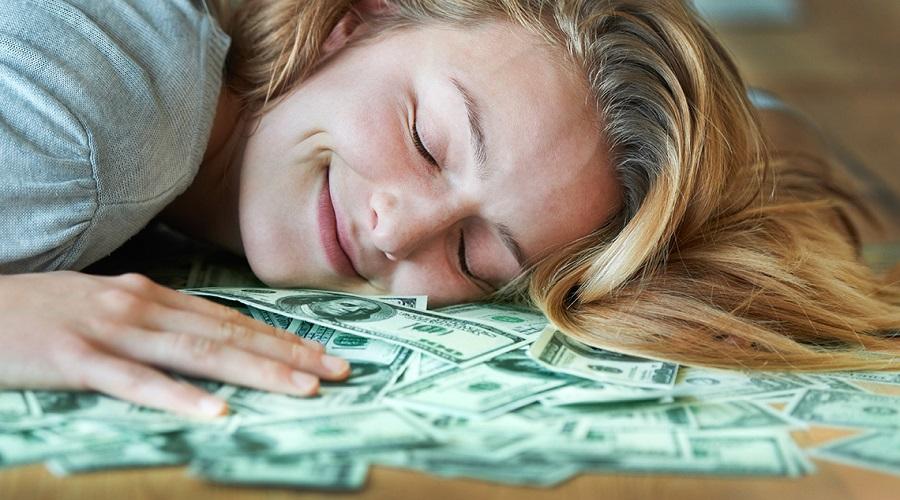 شادی را با پول می توان خرید؟ دانشمندان پاسخ می دهند