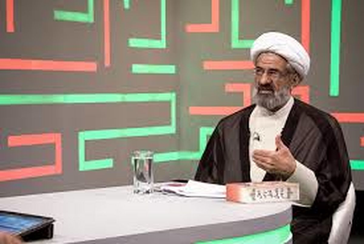 حجت الاسلام احمد جهان بزرگی در برنامه مناظره سیاسی «زاویه» از شبکه چهارم سیما اهانت های بی سابقه ای به حسن روحانی می کند.