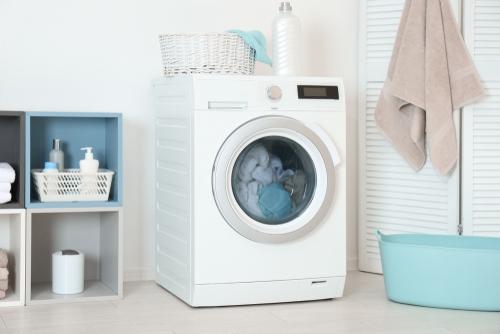 خرید ماشین لباسشویی نیازمند آن است که قبل از هر کاری در مورد آن تحقیق کنید. از سایز درام گرفته تا سرعت چرخش و بسیاری چیزهای دیگر.